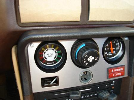 afr-gauge-installed-in-dash